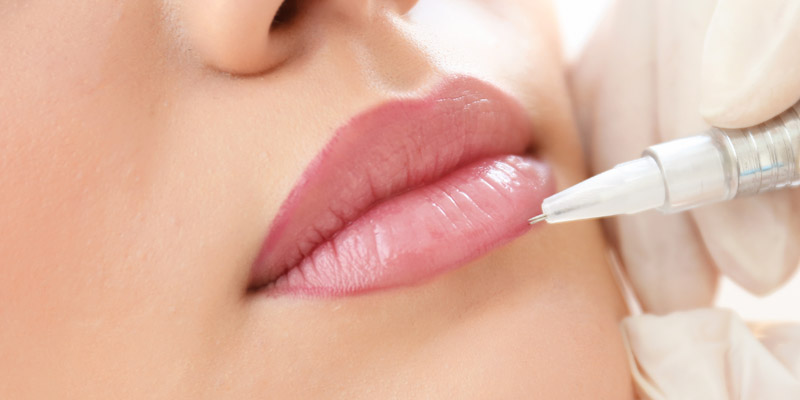 cosmetic tattooing of lips